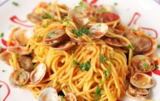Spaghetti-alla-Chitarra-vongole-e-pomodorini-thumbnails