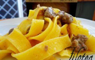 Pappardelle-con-Crema-di-Porri-e-Salsiccia-thumbnails