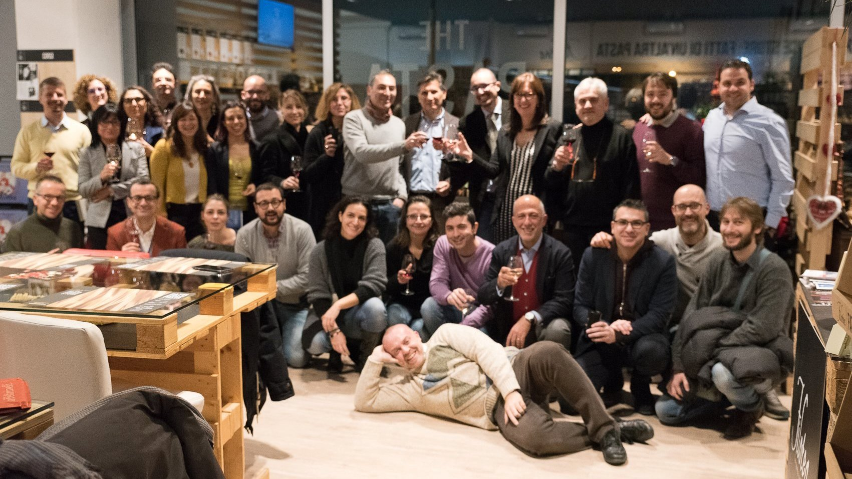 Il gruppo di FiordiRisorse Marche al Pasta Experience Store